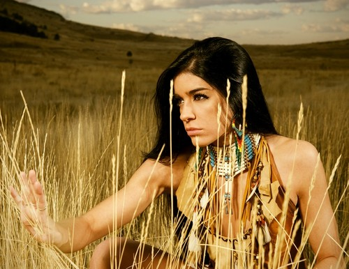 american models Native indian girl