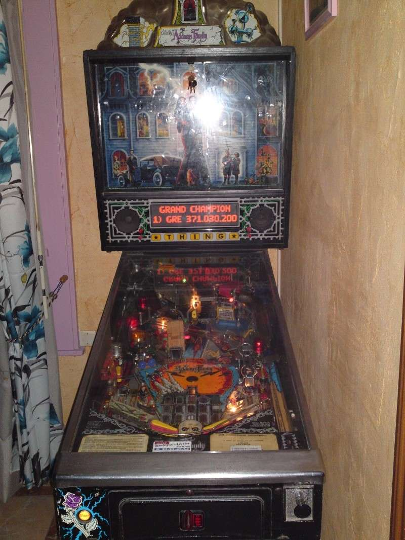 vendu flipper addams family pinball. Black Bedroom Furniture Sets. Home Design Ideas