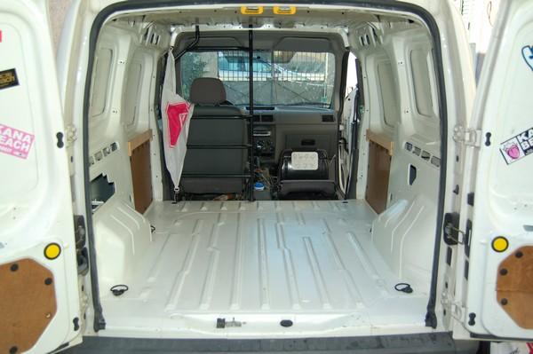 Super Aménagement d'un petit utilitaire (Ford Transit Connect) ED02