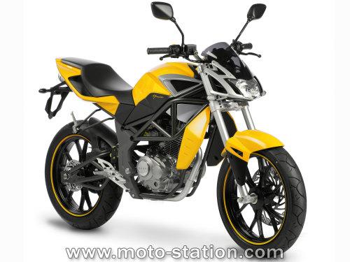 news moto 2008 megelli motard 125m roadster 125s et sport. Black Bedroom Furniture Sets. Home Design Ideas