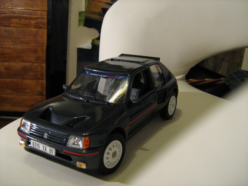 peugeot 205 turbo 16 serie 200 peugeot forum miniature auto. Black Bedroom Furniture Sets. Home Design Ideas