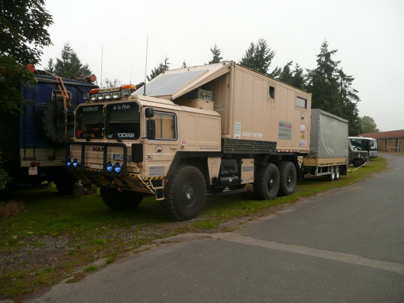 camions 4x4 camping autos post. Black Bedroom Furniture Sets. Home Design Ideas