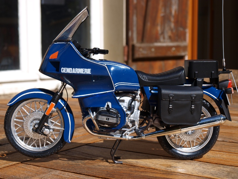 maquette moto bmw r100. Black Bedroom Furniture Sets. Home Design Ideas