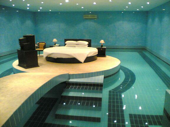 مسبح في غرفة النوم، اصبح المستحيل ممكنا